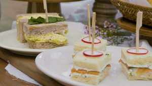 원 바이트로 즐길 수 있는 티 샌드위치 만들기!